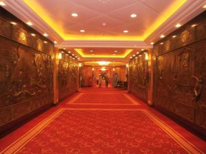 Two Deck corridor